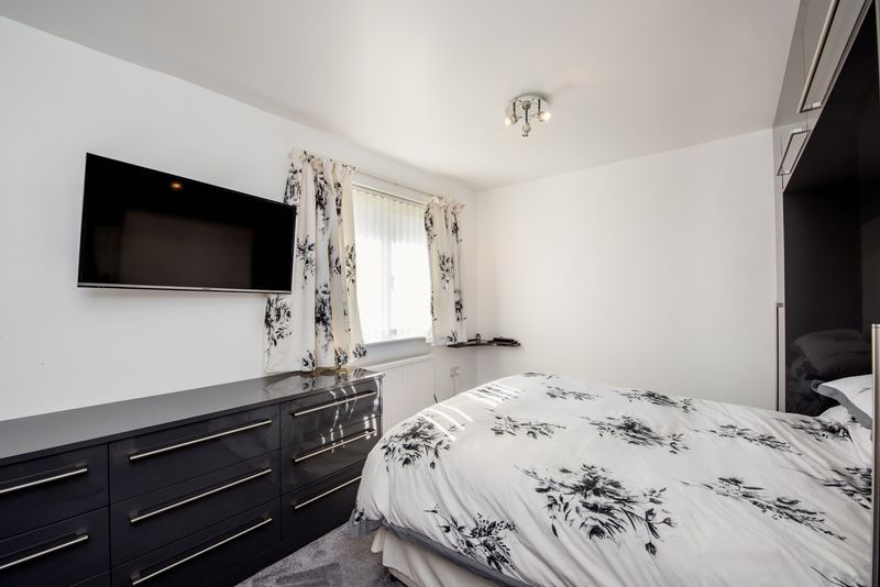 3 bed house for sale in Fallodon Way 7
