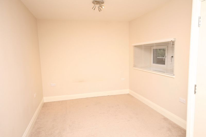 5 bed house to rent in Salisbury Road 7