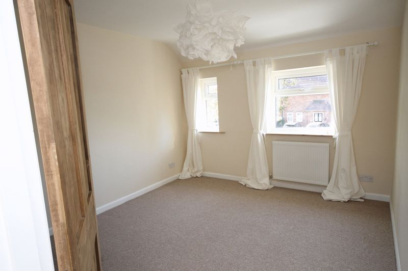 3 bed house for sale in Thicket Avenue  - Property Image 5