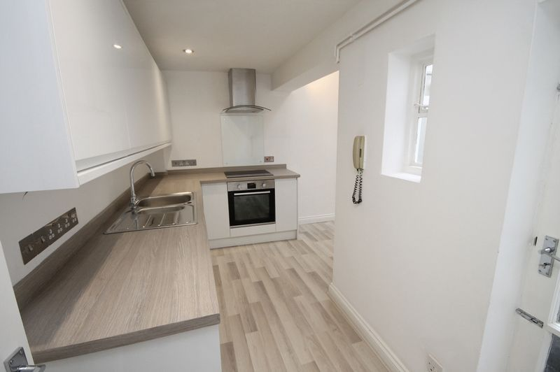 1 bed flat to rent in Princess Victoria Street 1