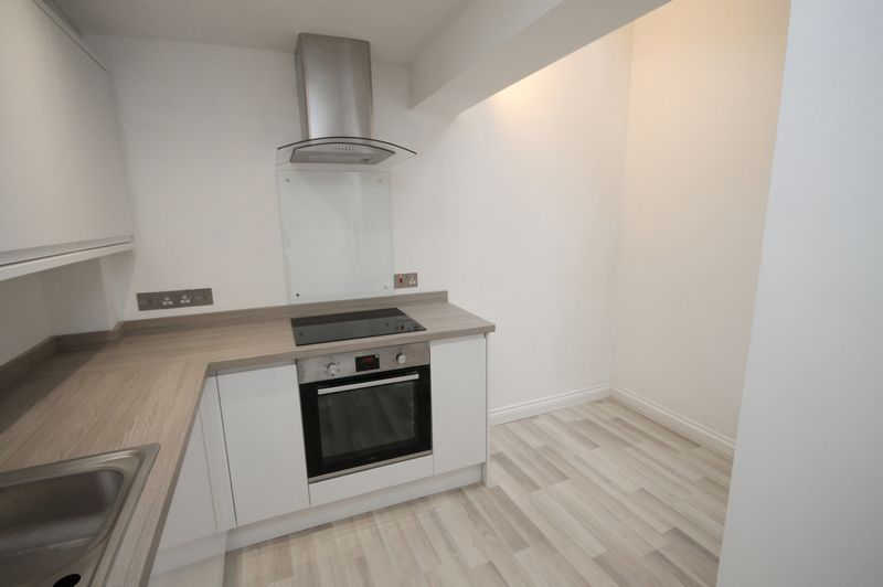 1 bed flat to rent in Princess Victoria Street 2