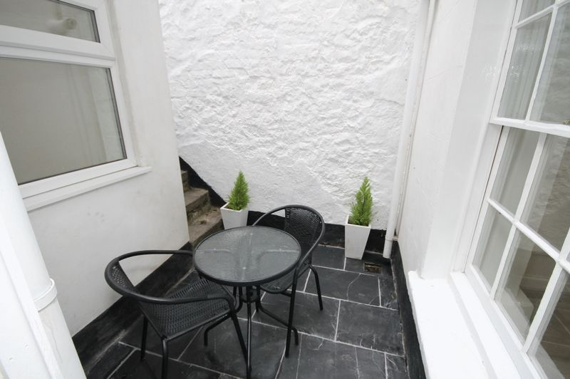 1 bed flat to rent in Princess Victoria Street 6