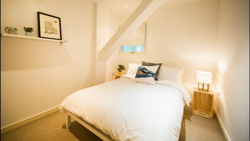 1 bed flat to rent in Skypark Road 3