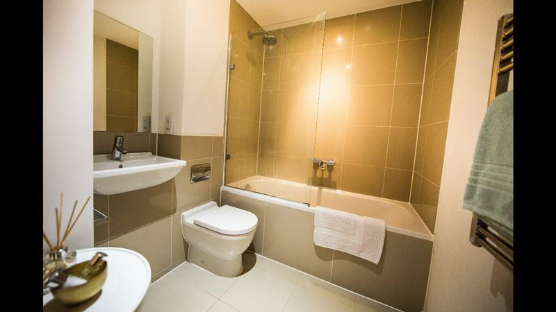 1 bed flat to rent in Skypark Road  - Property Image 5