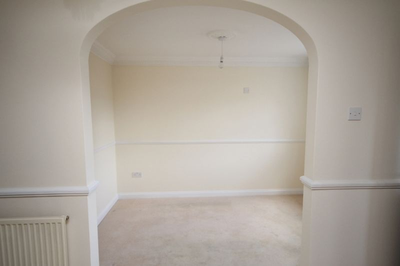 4 bed house to rent in Reedley Road 7