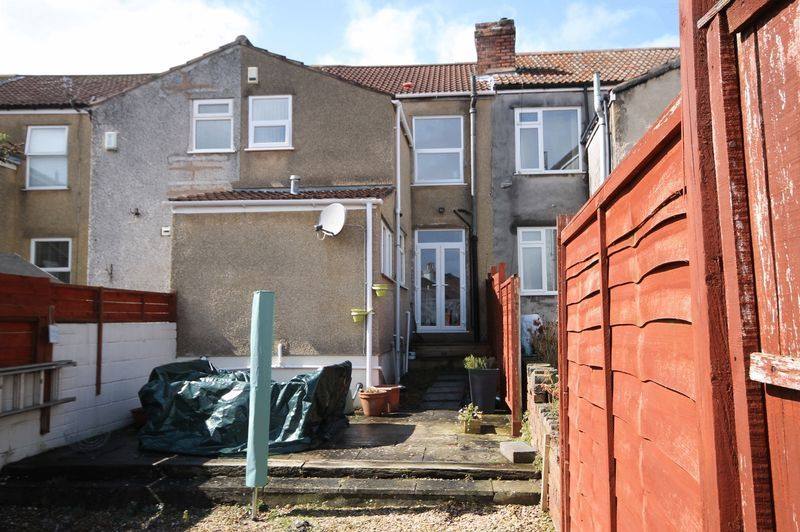 3 bed house for sale in Soundwell Road 10