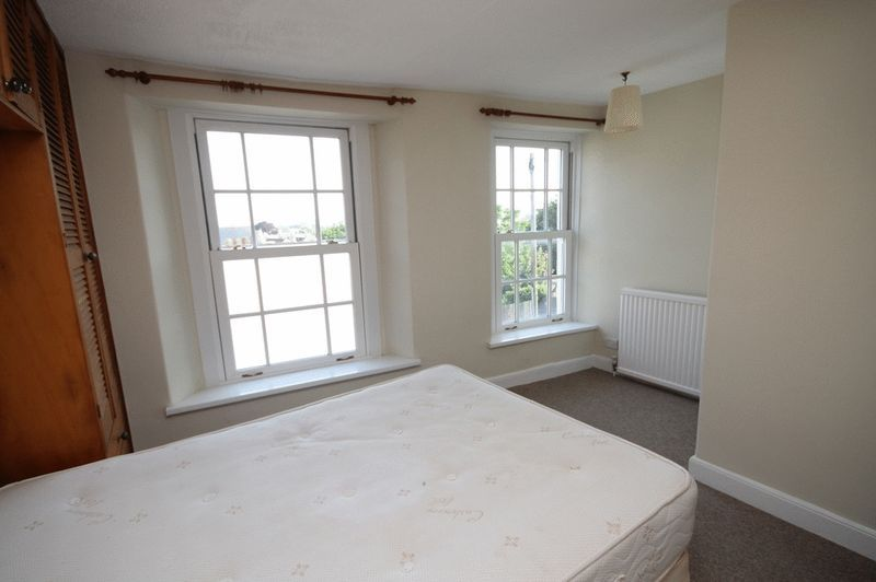 2 bed house to rent in Worrall Road 7