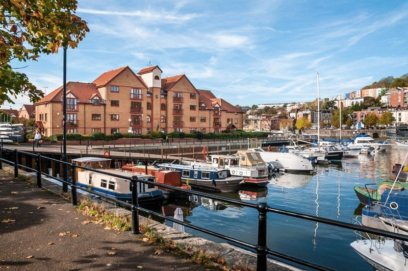 3 bed flat for sale in Portland Court, Cumberland Close, 12