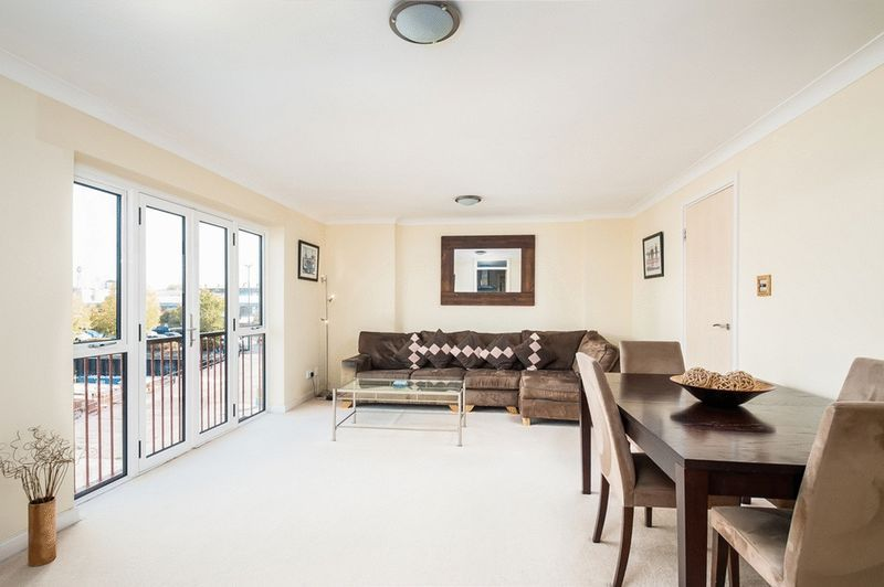 3 bed flat for sale in Portland Court, Cumberland Close, 4