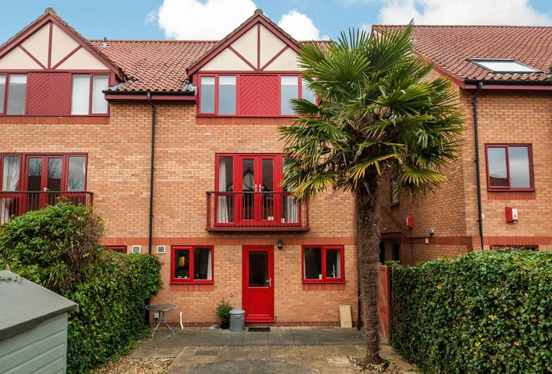 2 bed house for sale in Canada Way  - Property Image 2