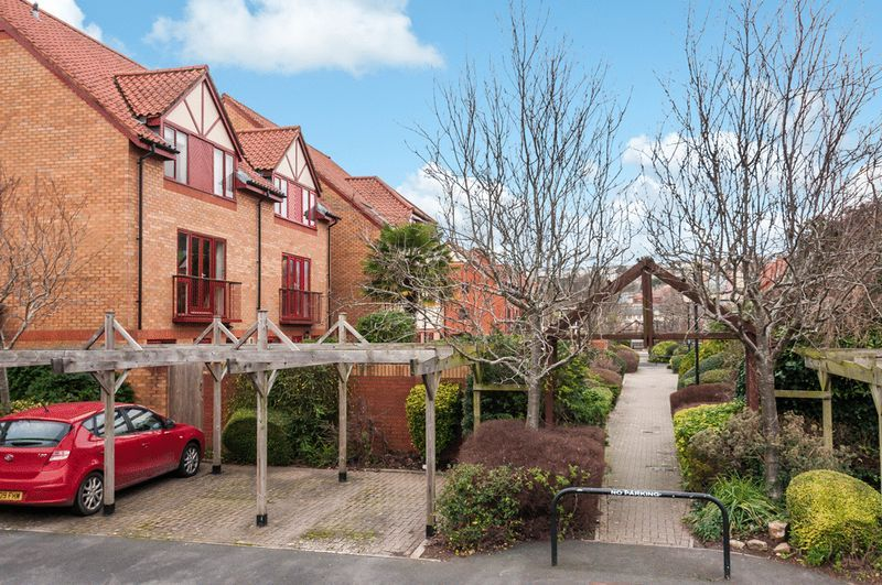 2 bed house for sale in Canada Way  - Property Image 11