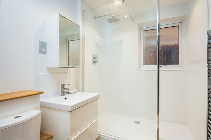 2 bed house for sale in Canada Way 9