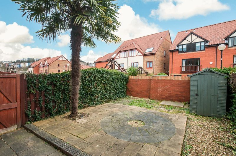 2 bed house for sale in Canada Way  - Property Image 10