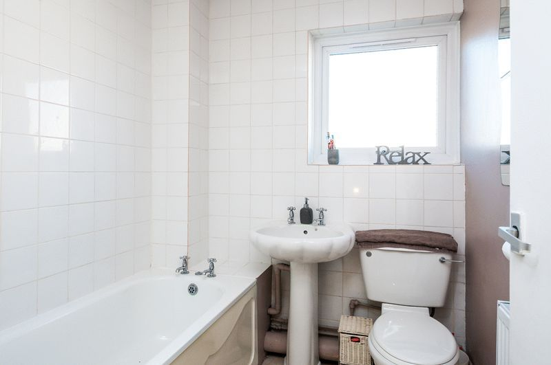 3 bed house for sale in Meg Thatchers Green  - Property Image 10