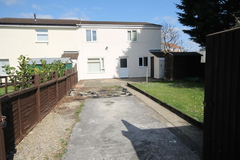 2 bed house for sale in Delius Grove, BS4