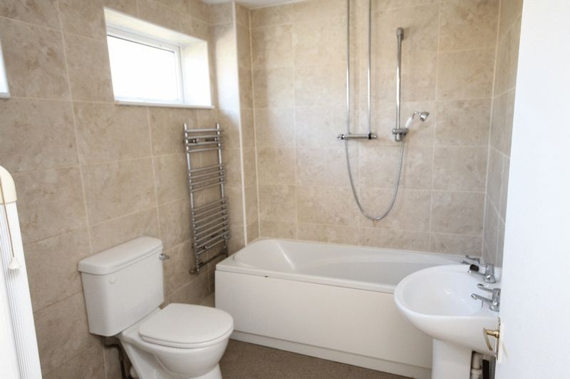 2 bed house for sale in Delius Grove 4
