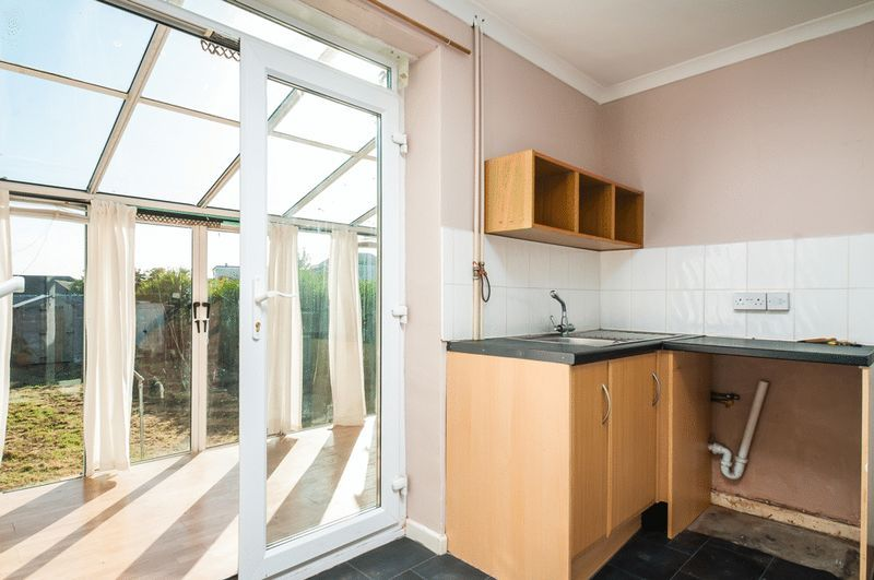 3 bed house for sale in Camborne Road 4