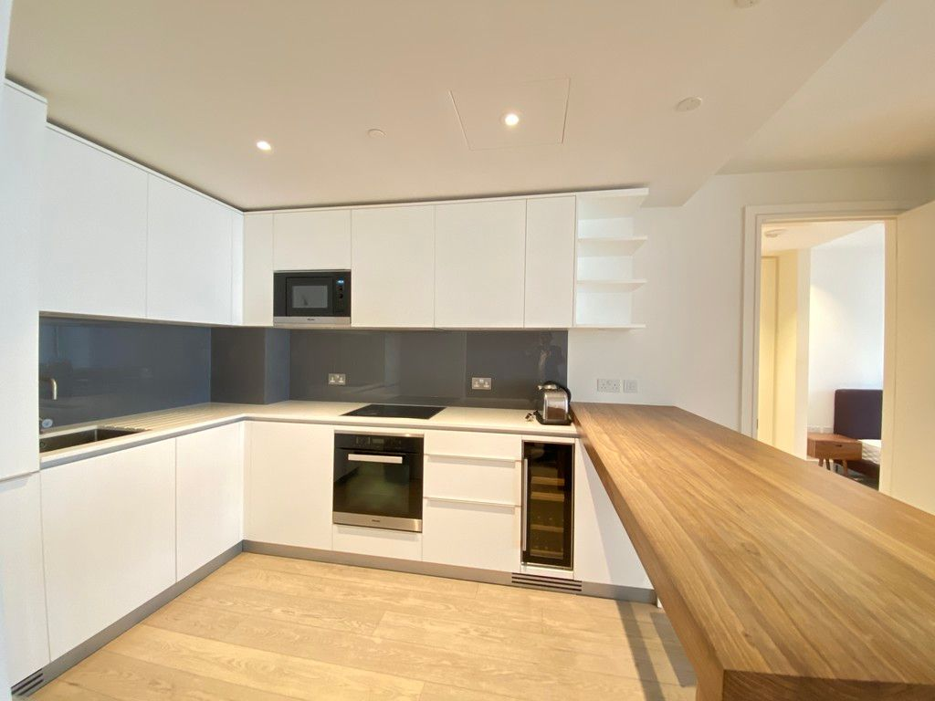 2 bed flat to rent in 3 Merchant Square 3