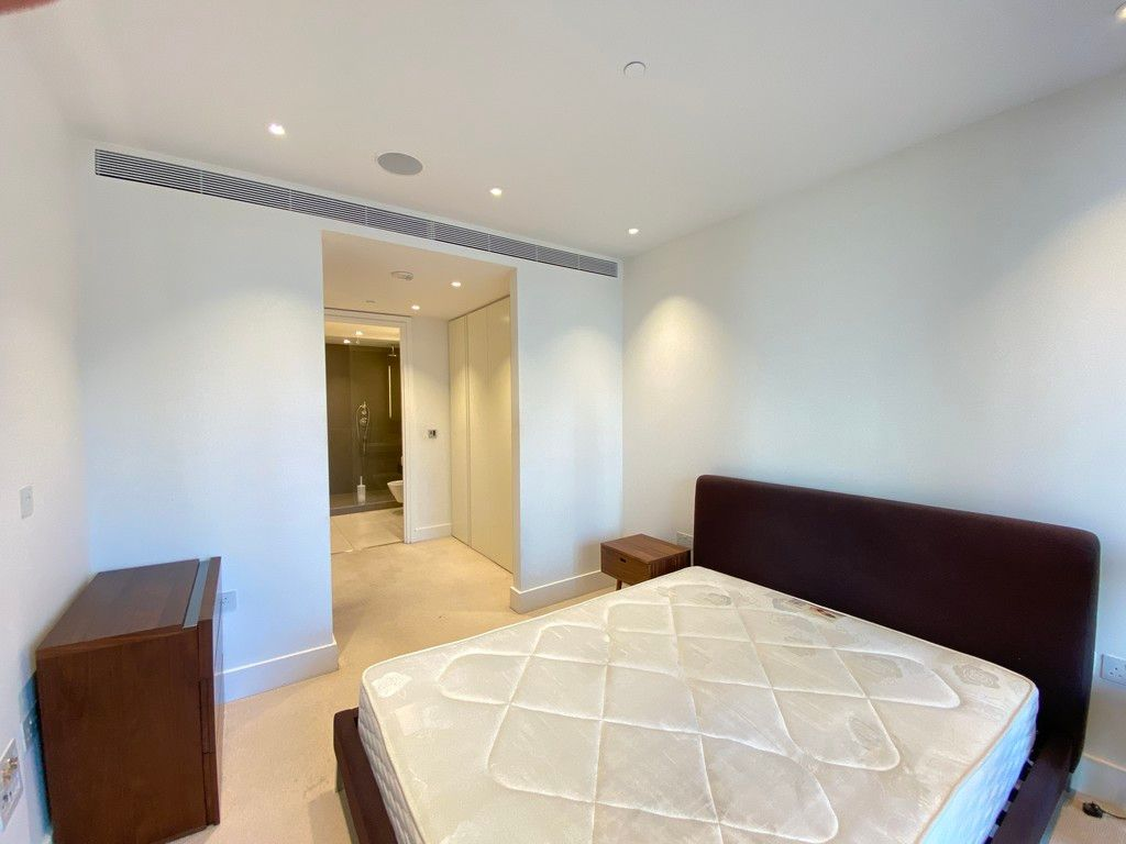 2 bed flat to rent in 3 Merchant Square  - Property Image 4