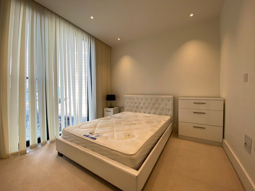 2 bed flat to rent in 3 Merchant Square  - Property Image 7