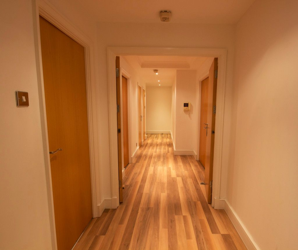 2 bed flat to rent in The Phoenix  - Property Image 8