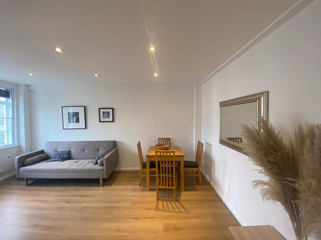 1 bed flat to rent in Langford Court - Property Image 1