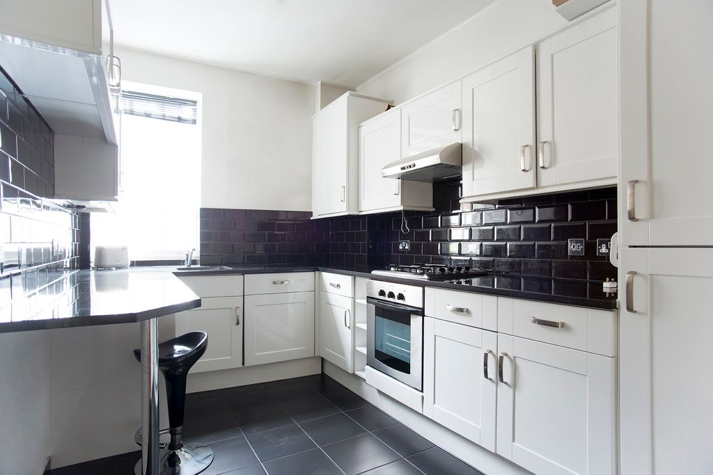 1 bed flat to rent in Mitre House, Kings Road 4