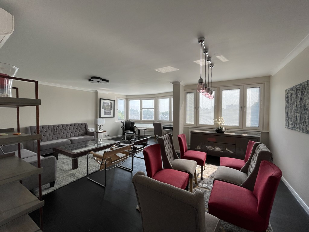 4 bed flat to rent in Hyde Park Crescent  - Property Image 2