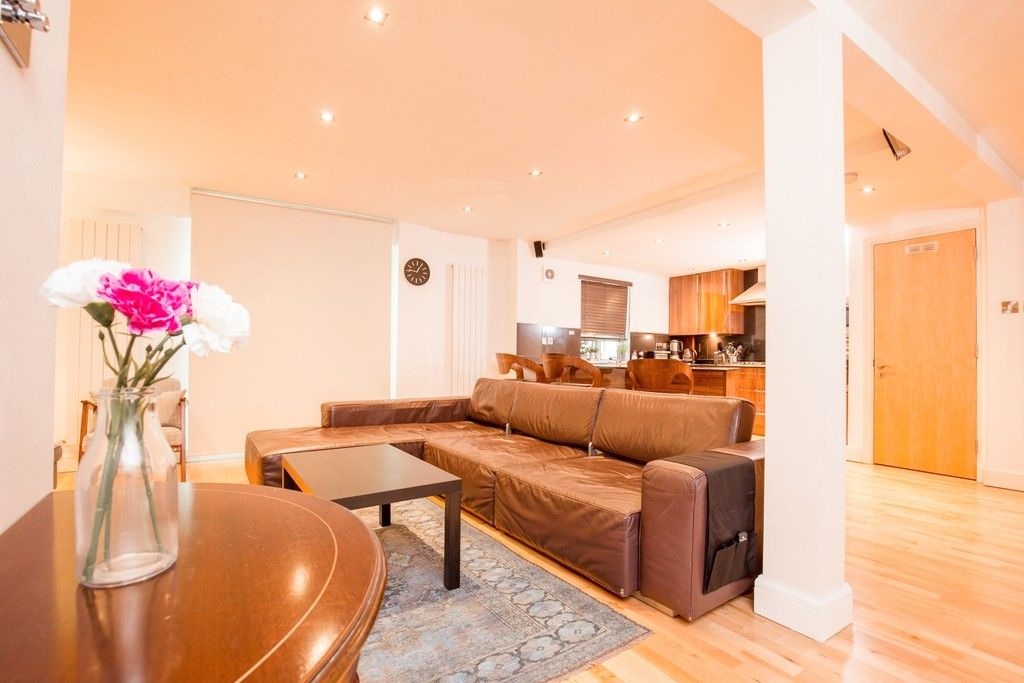 3 bed flat for sale in 20 Hampden Gurney Street, W1H