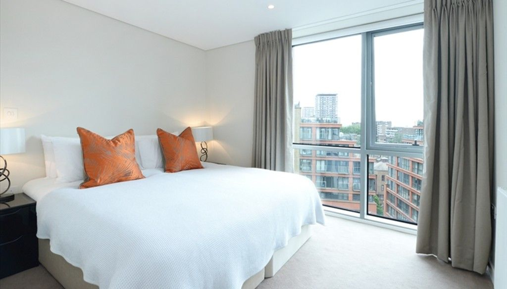 3 bed flat to rent in Merchant Square East, London 4