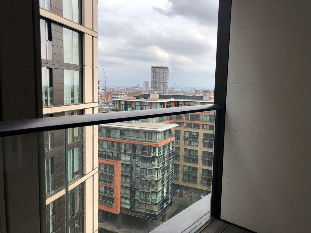 1 bed flat to rent in Merchant Square, London 6