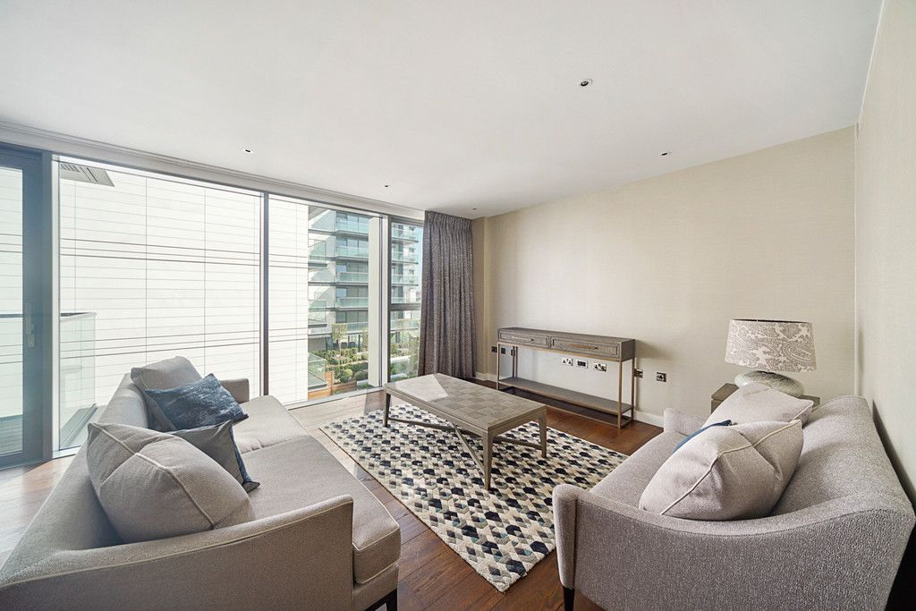 2 bed flat to rent in Chelsea Waterfront, London 2