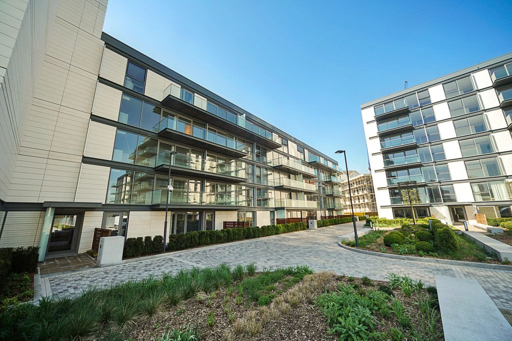 2 bed flat to rent in Chelsea Waterfront, London  - Property Image 19