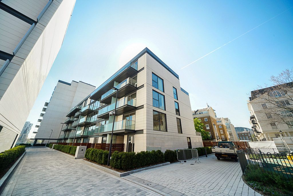 2 bed flat to rent in Chelsea Waterfront, London 20