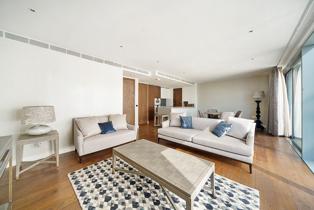 2 bed flat to rent in Chelsea Waterfront, London 3