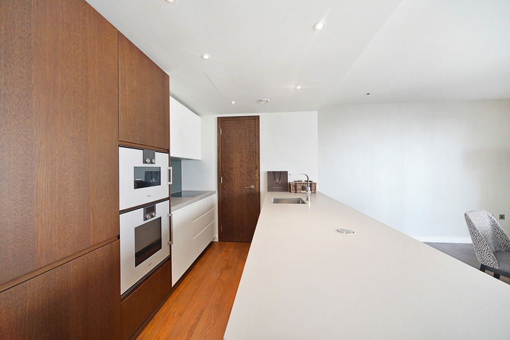 2 bed flat to rent in Chelsea Waterfront, London  - Property Image 7