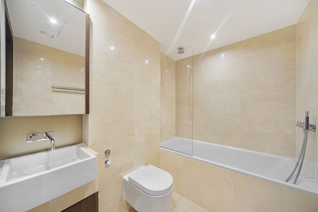 2 bed flat to rent in Chelsea Waterfront, London  - Property Image 9