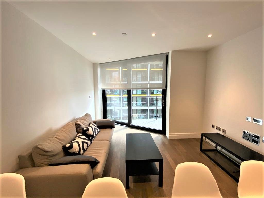 2 bed flat to rent in Riverlight Quay, London 2