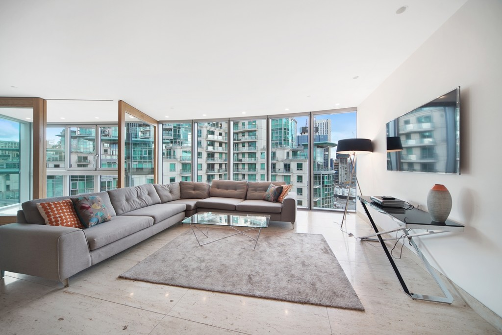 2 bed flat for sale in The Tower, St. George Wharf, London  - Property Image 1