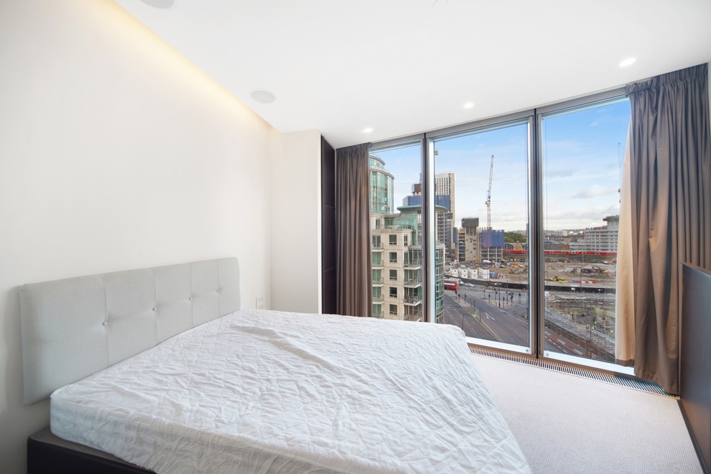 2 bed flat for sale in The Tower, St. George Wharf, London 6