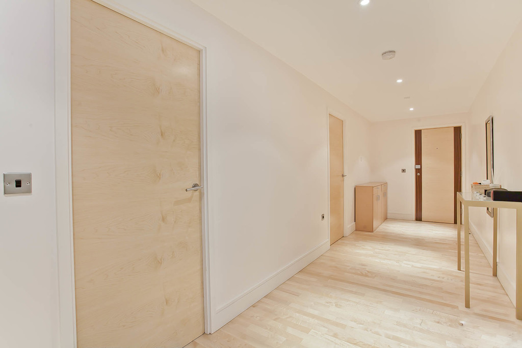 3 bed flat for sale in Cavendish House, Monck Street, London  - Property Image 4
