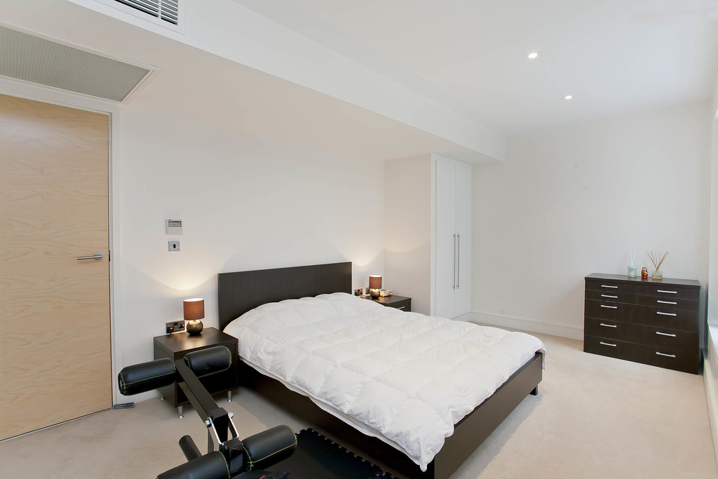 3 bed flat for sale in Cavendish House, Monck Street, London  - Property Image 6