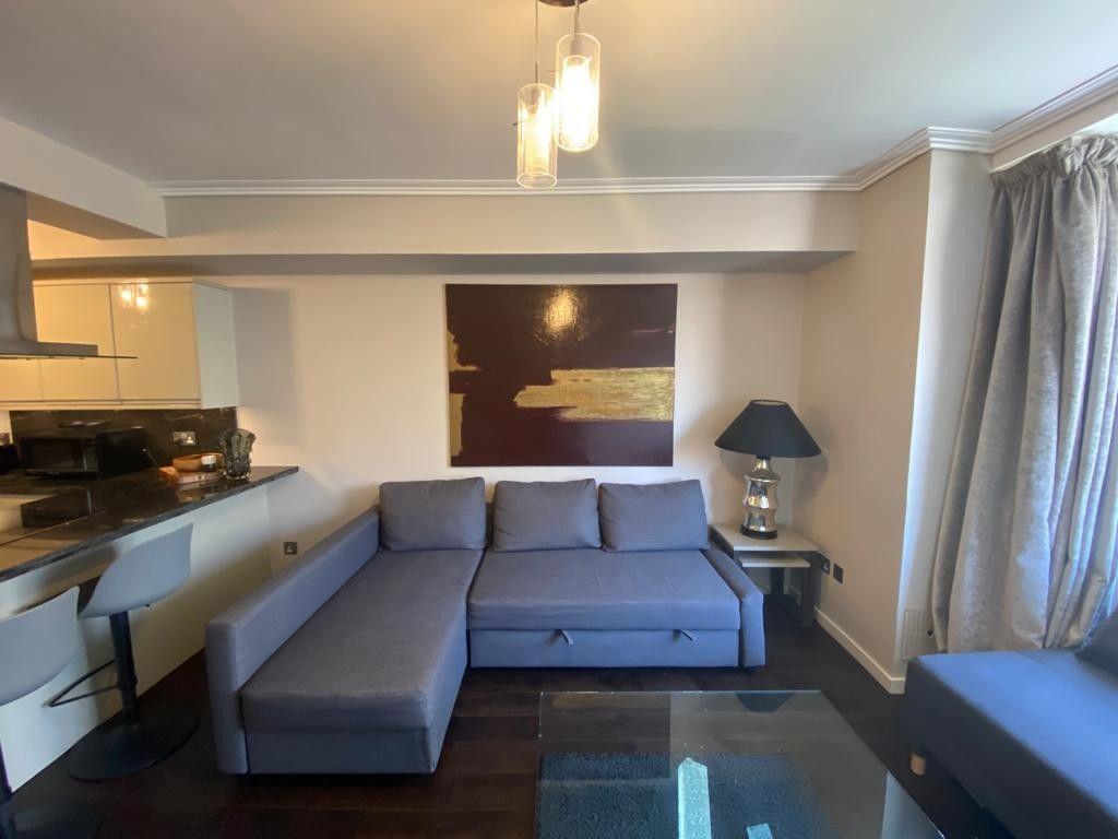 1 bed flat to rent in Porchester Place  - Property Image 2