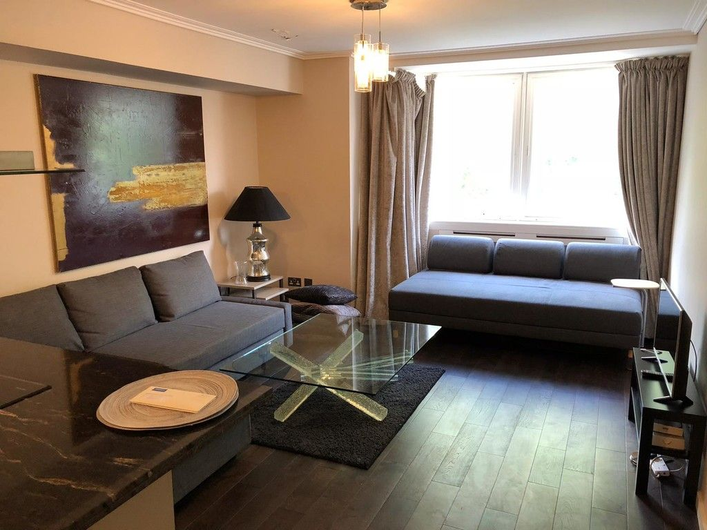 1 bed flat to rent in Porchester Place 3