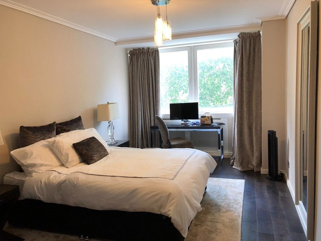 1 bed flat to rent in Porchester Place 8