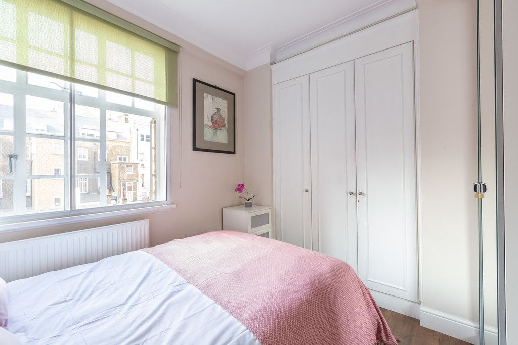 3 bed flat to rent in Wigmore Court, Wigmore Street 14
