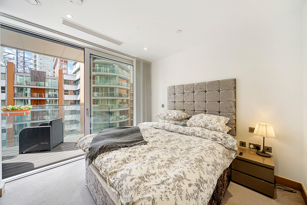 2 bed flat for sale in Paddington Exchange, Paddington  5