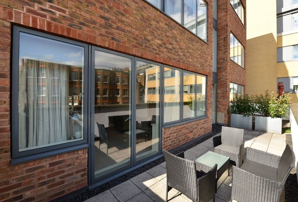 2 bed flat to rent in Imperial House, Young Street 14
