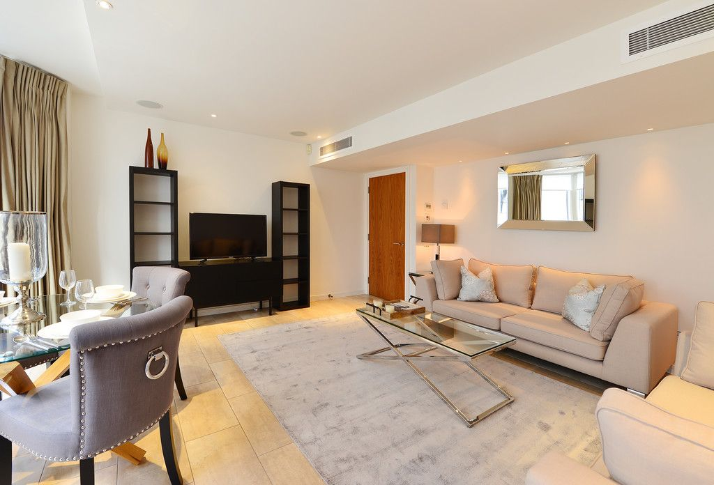 2 bed flat to rent in Imperial House, Young Street 4