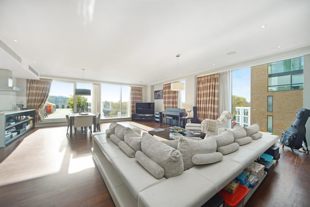 4 bed flat for sale in Cubitt Building, Gatliff Road 1